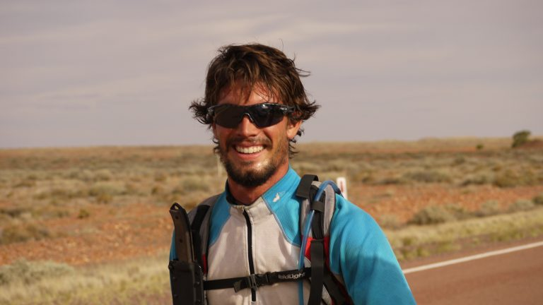 Une aventure de 5400 km à travers l'outback en courant, SEUL et SANS ASSISTANCE.